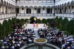 Opernaufführung im Arkadenhof auf Schloss Greinburg